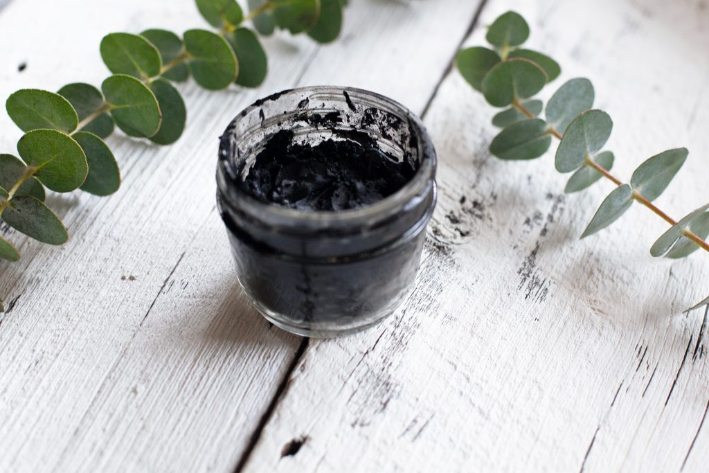 DIY mask with activated charcoal