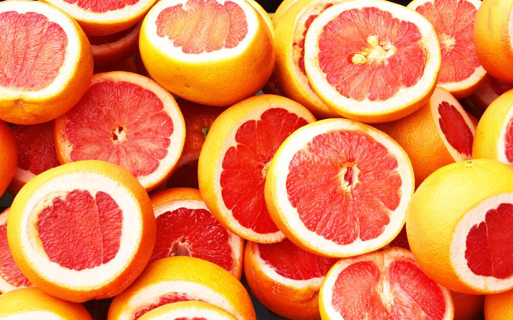 grapefruits cut in half